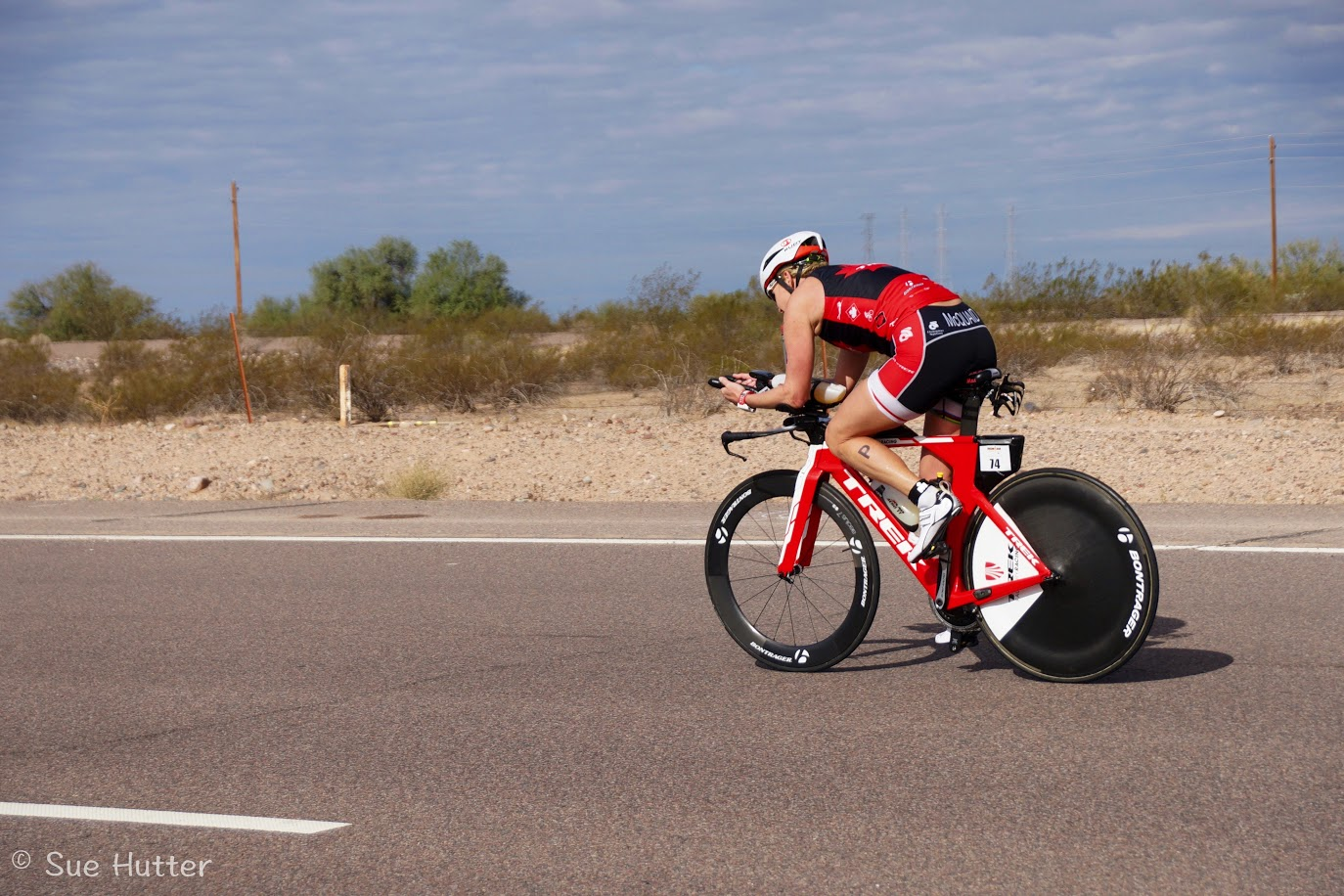 Sue Hutter photographer captures melanie Mcquaid racing Ironman Arizona on Bontrager wheels